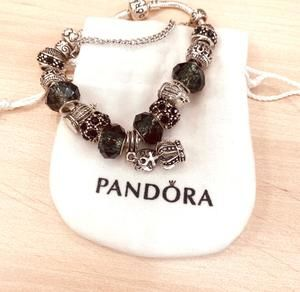 Pandoral bracelet with classic charms sale